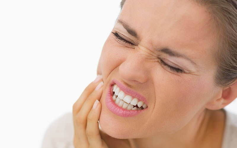 Four Home Remedies For Tooth Pain