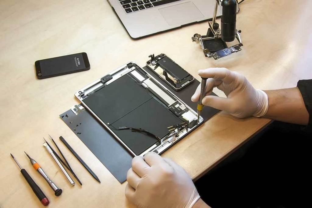 Why Is an iPhone Repair So Costly